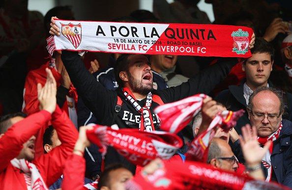 Los aficionados del Sevilla quieren la quinta | Foto: SFC