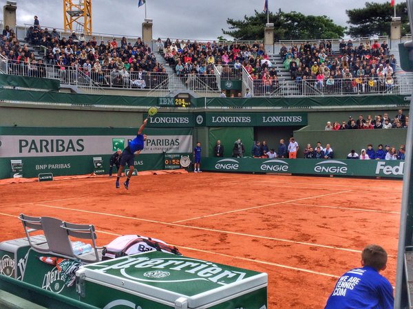 Kyrgios' serve was too powerful for Cecchinato to breach. (Photo: Roland Garros)