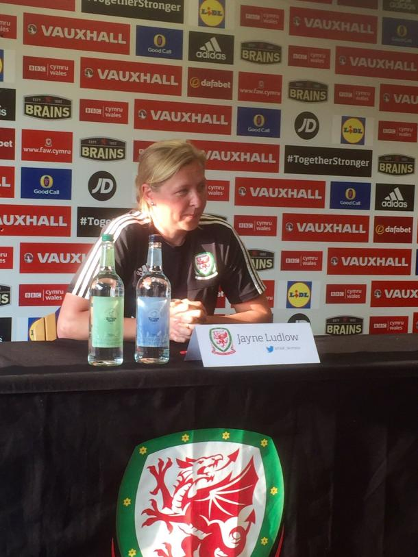 Jayne Ludlow has plenty to smile about (Photo credit: @FAW_Womens)