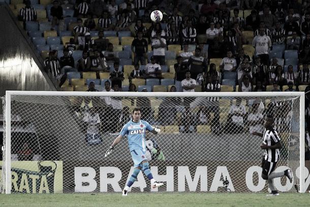 Martín durante o último clássico contra o Botafogo, na primeira partida da decisão do estadual (Foto: Paulo Fernandes/Vasco)