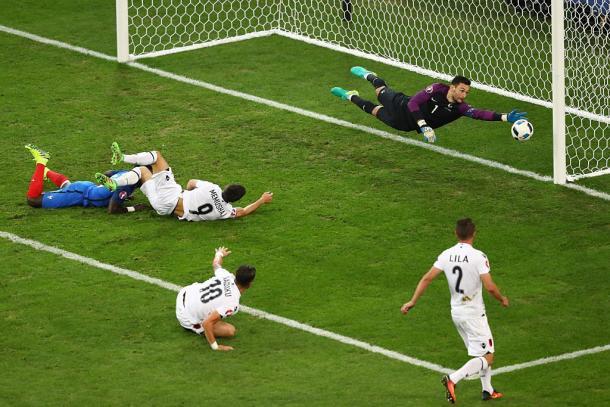 Apesar da derrota, a Albânia deu luta à seleção francesa, estando perto do golo diversas vezes // Foto: Twitter Euro 2016