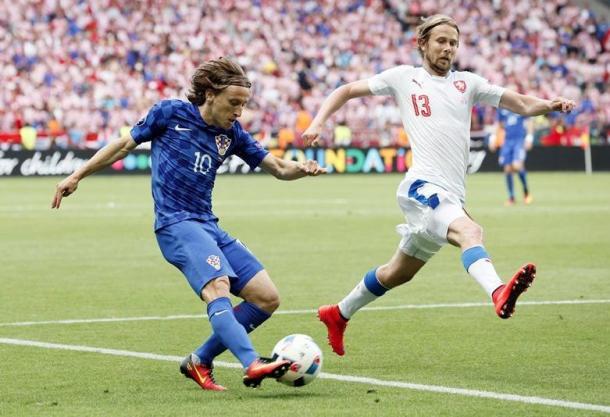 Luka Modric in azione con la Repubblica Ceca. Fonte foto: Squawka.com