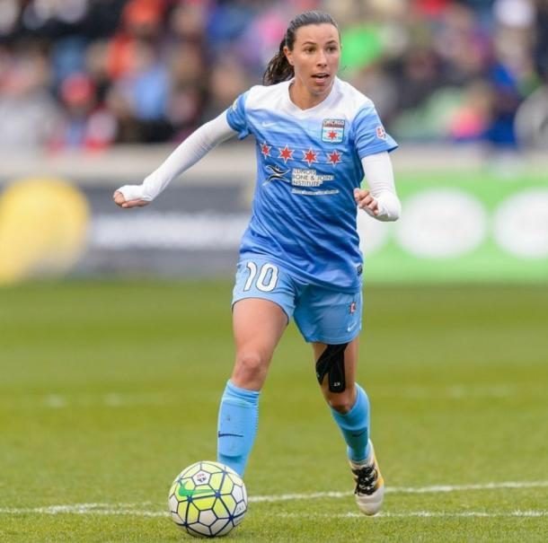 Vanessa DiBernado had two quality passes that led to Chicago goals tonight (Photo credit : Chicago Red Stars Twitter)