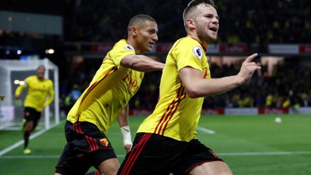 Nos acréscimos, Cleverley marcou o gol da vitória do Watford contra o Arsenal no primeiro turno (Foto: Divulgação/Premier League)