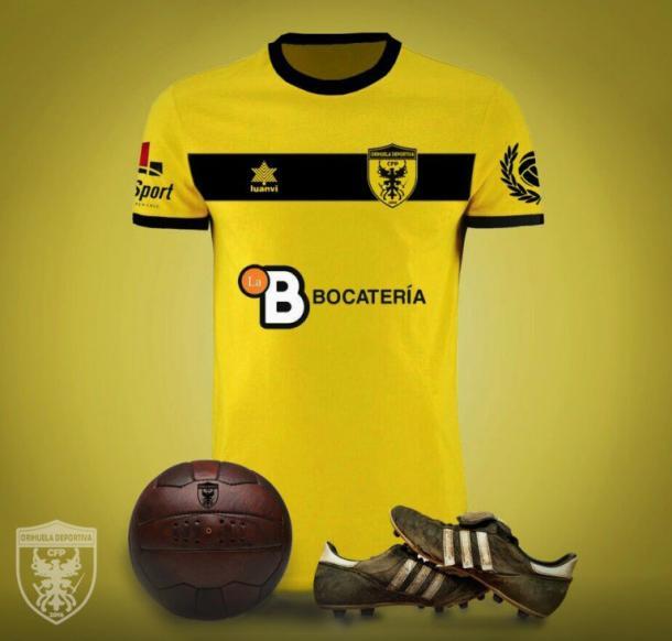 1ª Equipación de la historia del  CFP Orihuela Deportiva | imagen: @CFPOrihuelaDva
