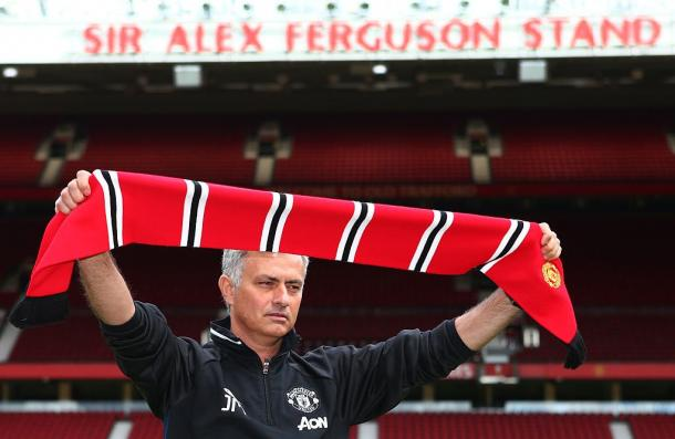 Mourinho was very happy as he was presented on the Old Trafford pitch | Photo: Getty