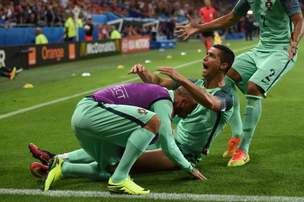 The Portugal players showed great unity during their win versus Wales | Photo: Getty