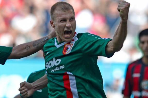 Der wohl beste Innenverteidiger der FCA Geschichte: Ragnar Klavan | Quelle: Mirror