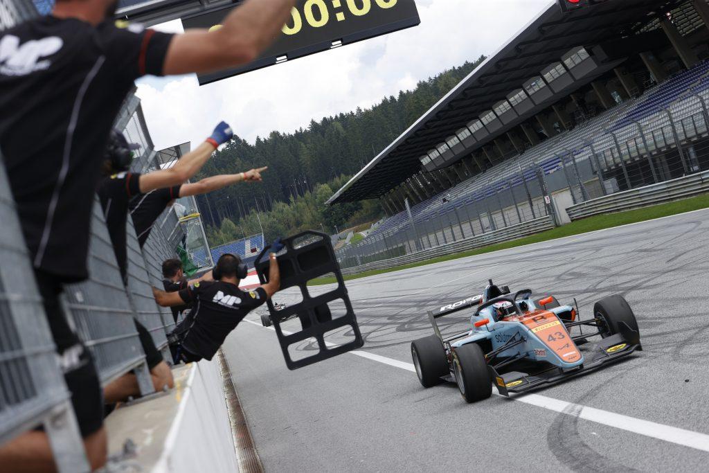 Franco obteniendo la victoria por segunda vez al hilo: Foto Formula Regional