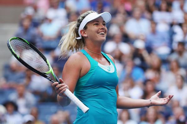 Coco Vandeweghe celebrates her win over Safarova | Photo: Matthew Stockman/Getty Images North America