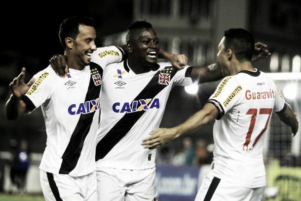 Nenê e Riascos são as principais esperanças de gols para os vascaínos nos clássicos (Foto: Paulo Fernandes/Vasco.com.br)