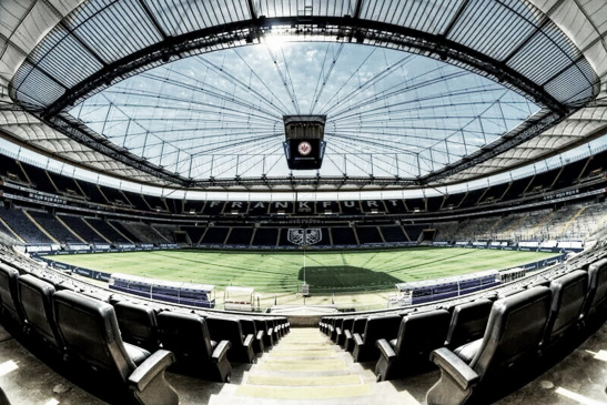 El imponente Commerzbank-Arena del Eintracht | Foto: Pinterest