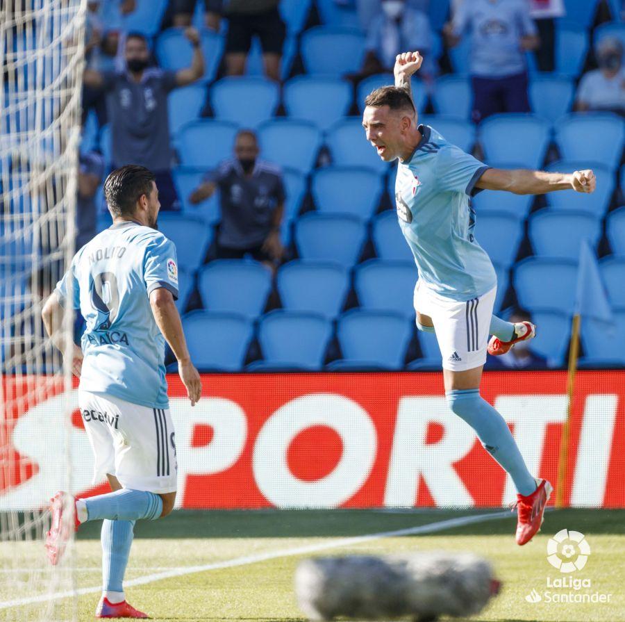 Iago Aspas celebra su gol con Nolito | Imagen: LaLiga