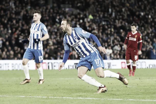 Murray en la derrota frente a Liverpool. Foto: https://twitter.com/OfficialBHAFC