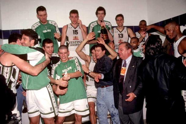 El vestuario de la Penya celebrando su primera Copa del Rey | Foto: ACB Photo