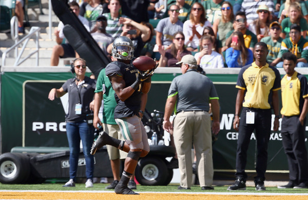 Corey Coleman #1 of the Baylor Bears pulls in a touchdown passl against the West Virginia Mountaineers in the second quarter at McLane Stadium on October 17, 2015 in Waco, Texas. (Oct. 16, 2015 - Source: Tom Pennington/Getty Images North America)
