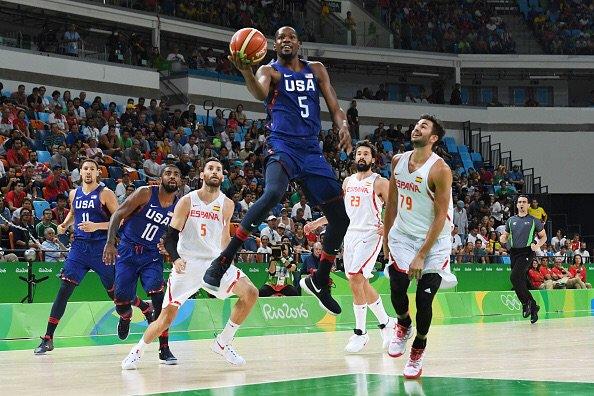 Kevin Durant foi o destaque do primeiro período com 7 pontos (Foto: Divulgação/NBA)