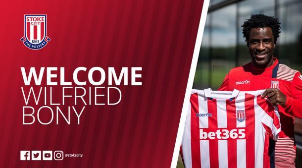 Ufficiale, Bony allo Stoke City | Foto: @StokeCity