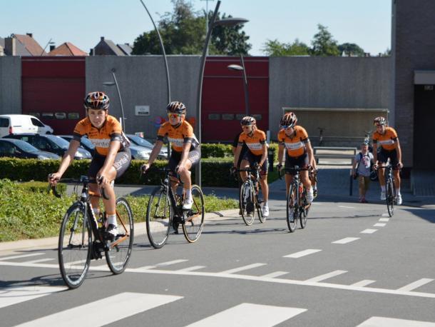 El equipo vasco sigue confiando en sus ciclistas | Foto: Lointek