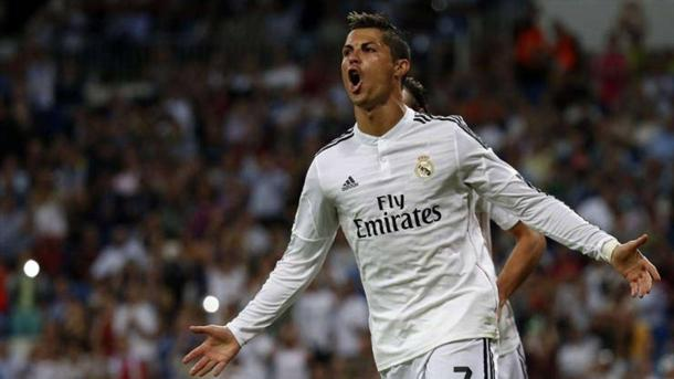 Ronaldo celebrates a goal (AMBWallpapers)