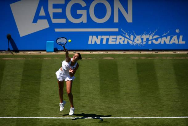 Karolina Pliskova serves during her opening grass court match of 2017 (Getty/Charlie Crowhurst)