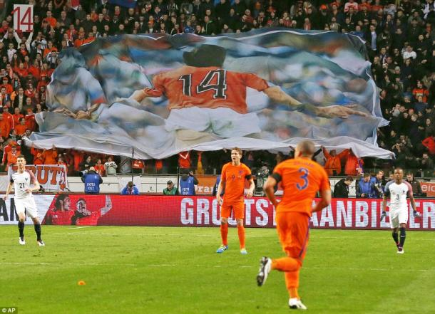 The Cruyff tributes were clear to see (photo: AP)