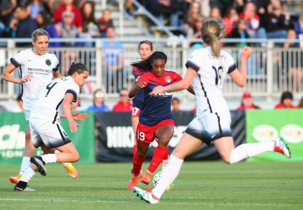 Crystal Dunn in action against the Portland Thorns | Washington Spirit Twitter - @WashSpirit