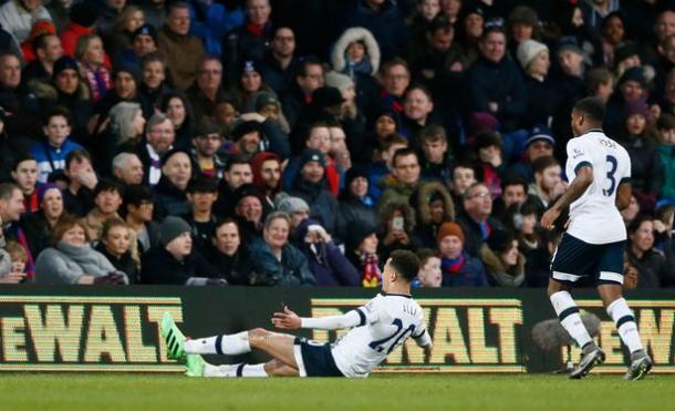 Alli celebrates scoring against Palace at Selhurst Park | Photo: Getty