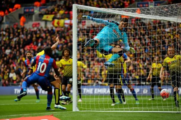 He giant goalkeeper could not keep out Crystal Palace in the FA Cup semi-finals (photo : Getty Images)