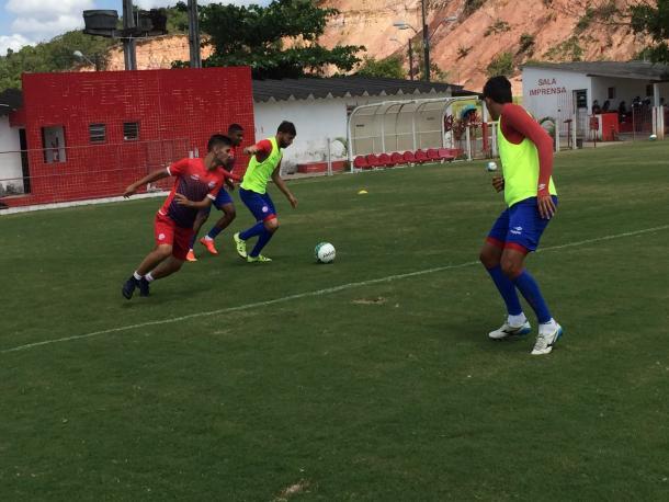 Alvirrubros fecham preparação contra Vasco no CT Wilson Campos (Foto: Divulgação/Náutico)