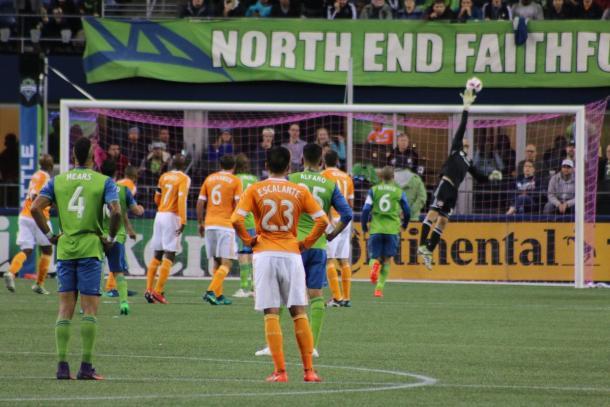 Joe Willis stretches to make a save | Source: houstondynamo.com