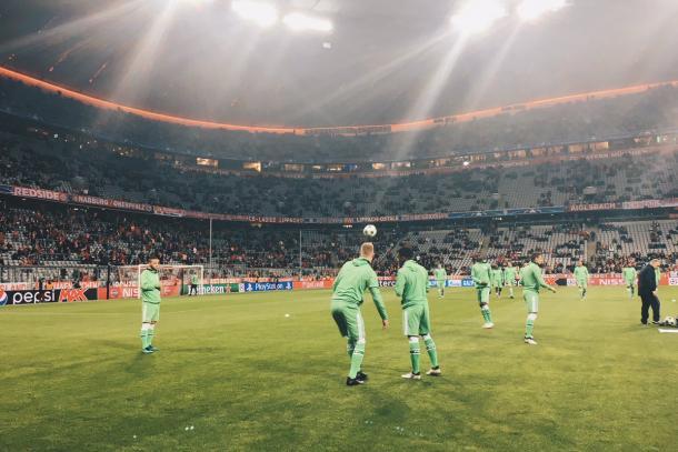 Riscaldamento per il PSV. Fonte: Twitter @PSV