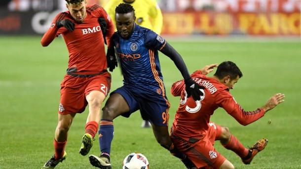 Stiven Mendoza could not find a way through Toronto's defence | Source: Frank Gunn/The Canadian Press