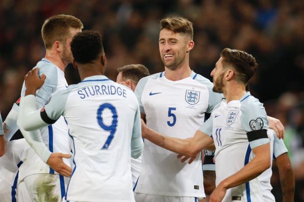 I giocatori inglesi esultano | Foto: @premierleague