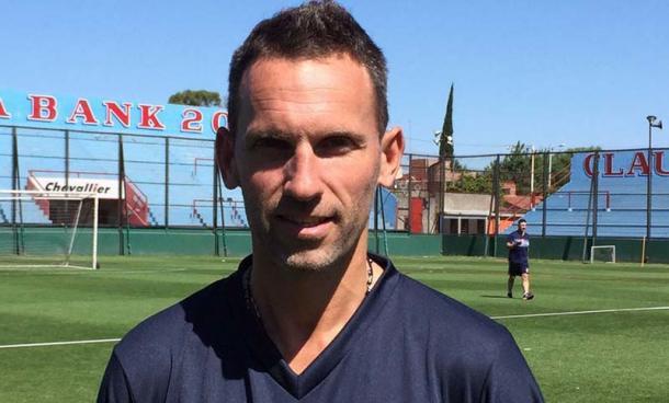 Bernardi en su presentación en Arsenal.Foto:Web