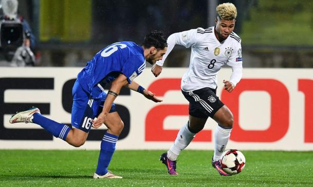 Serge Gnabry in azione contro San Marino. | Fonte: twitter.com/cmdotcom
