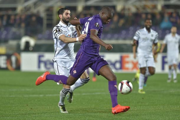 Babacar en el momento de disparar a puerta para el 2-2 | Foto: UEFA