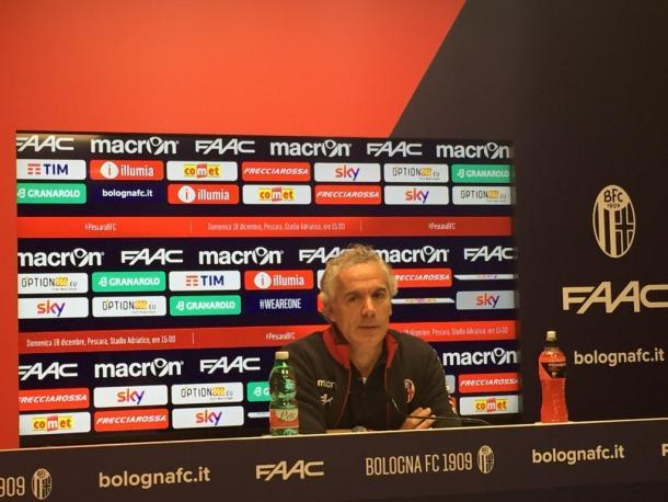 Roberto Donadoni, nel corso della conferenza stampa odierna. Fonte foto: Bolognafc.it