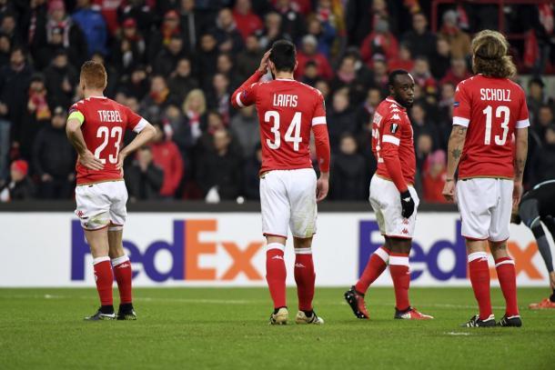 Il rammarico dei giocatori dello St. Liegi | Foto: @VTMStadion