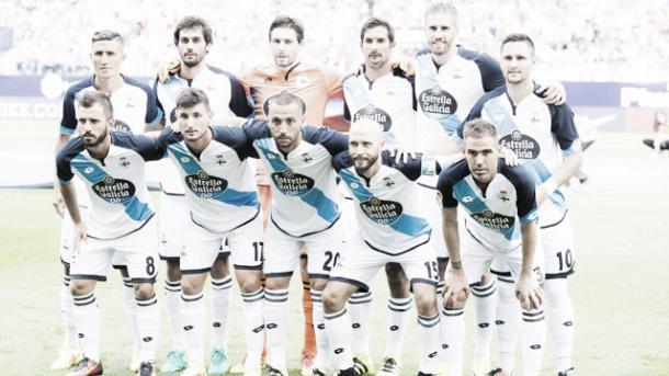 Fuente: RC Deportivo | Los jugadores posan en un partido como visitantes