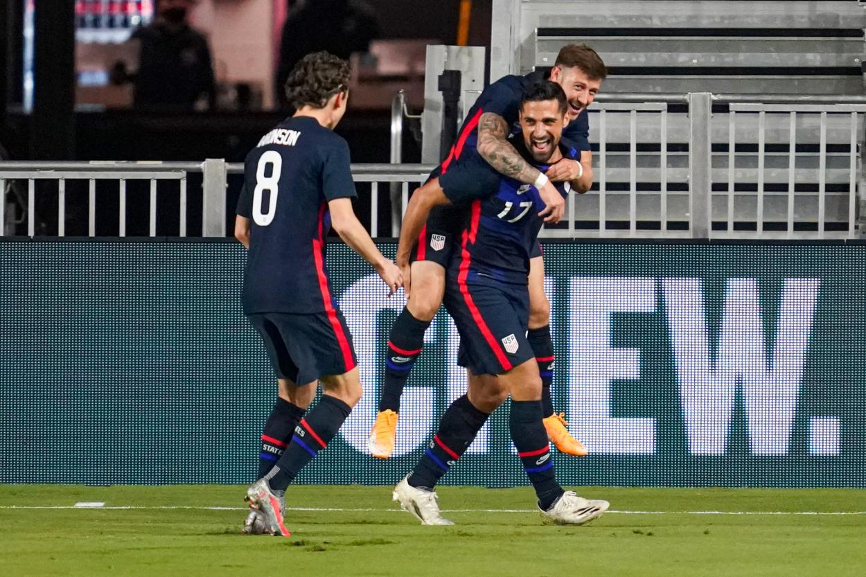 With some debuts, the USMNT got a comfortable win (Photo: Kathy Hitchcock)