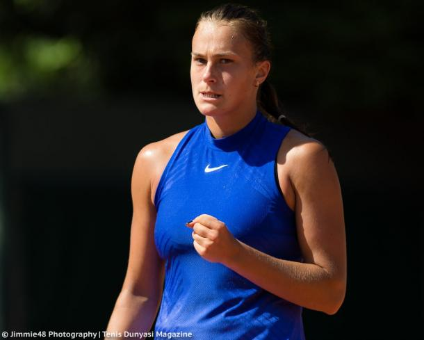 Aryna Sabalenka celebrates winning a point during the qualifying rounds of the French Open | Photo: Jimmie48 Tennis Photography