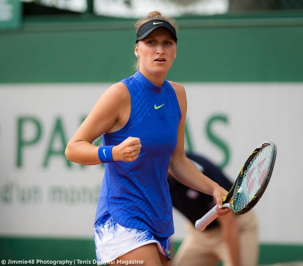 Marketa Vondrousova celebrates after winning a point during her first-round victory over Amandine Hesse at the 2017 French Open. | Photo: Jimmie48 Tennis Photography