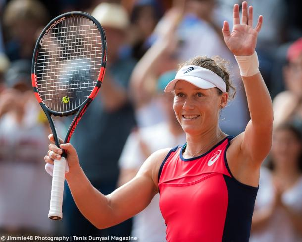 Samantha Stosur applauds the crowd after the win | Photo: Jimmie48 Tennis Photography