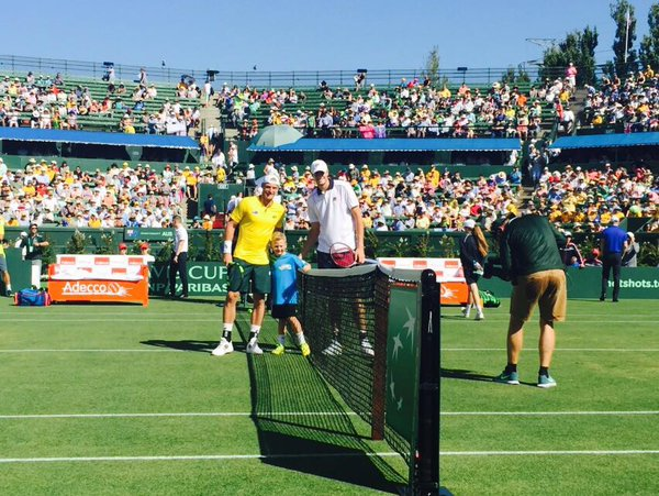 Sam Groth (left) and John Isner (right) before their opening day rubber (Photo: @TennisAustralia)
