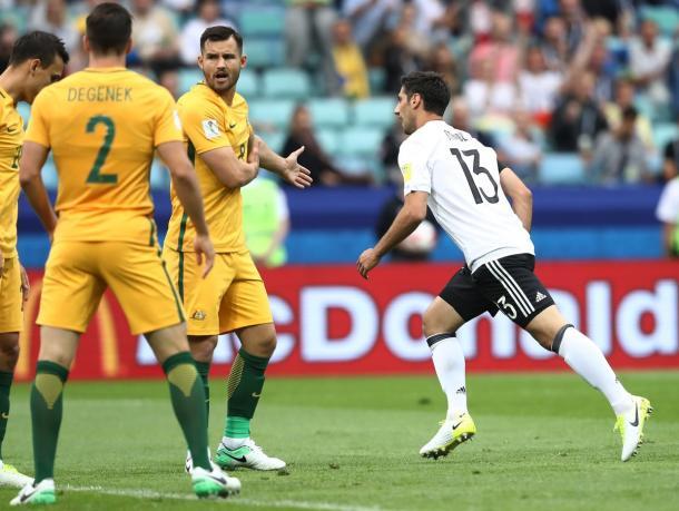 La gioia di Stindl dopo il vantaggio. Primo gol in Nazionale per lui. | Fonte immagine: Twitter @FIFAcom