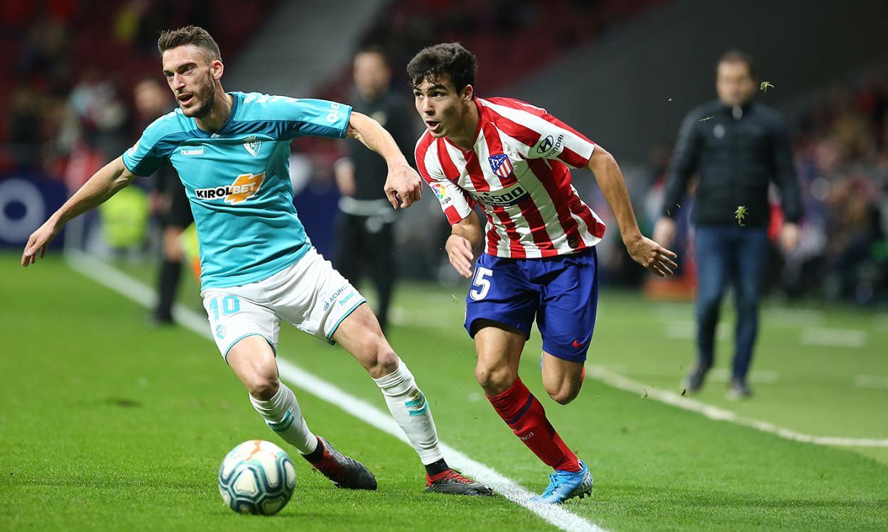 Debutcon el primer equipo. | Foto: Atlético de Madrid