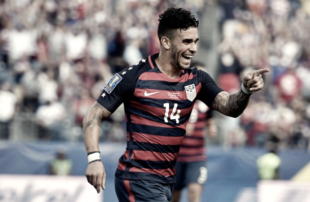 Dom Dwyer celebrates the first goal of the match. | Photo: Major League Soccer