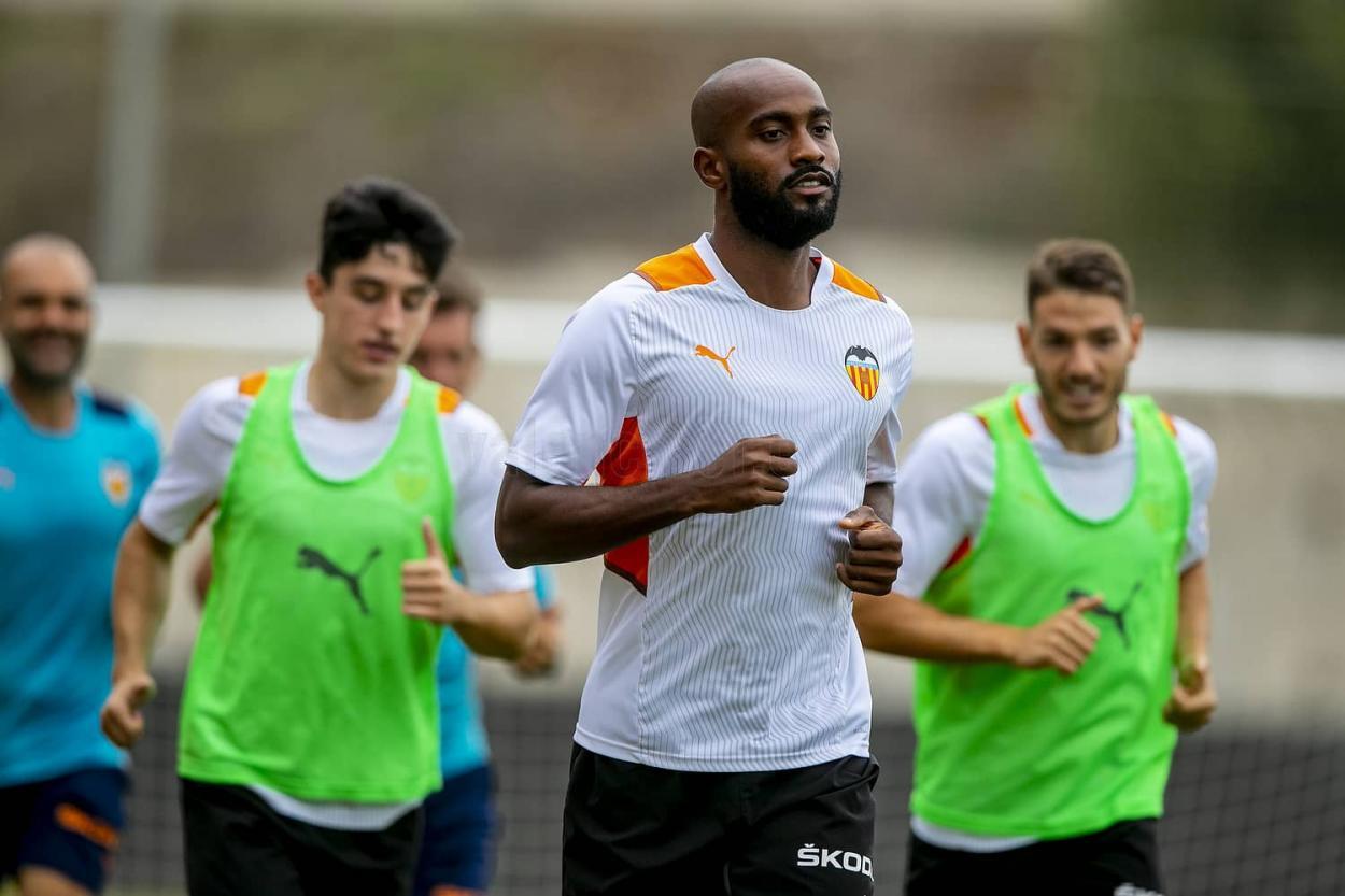 Foulquier en su primer entrenamiento | Foto: Valencia CF