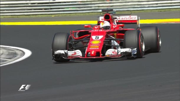 Vettel nel giro della pole. Fonte foto: formula1.com